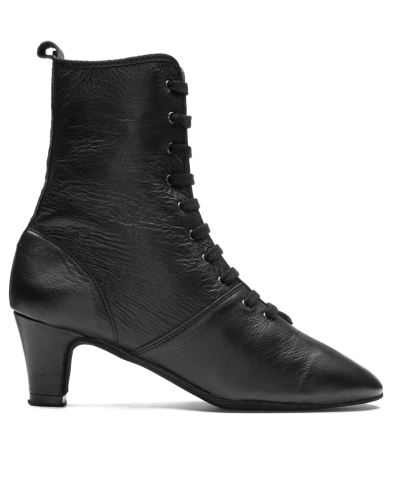Folklore boot